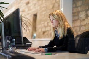 Jen at Computer