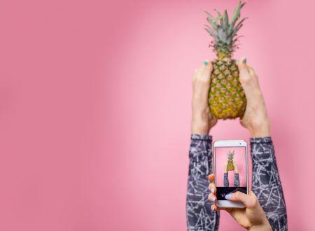 Big in 2019: Augmented & Virtual Reality for Food Brands thumbnail